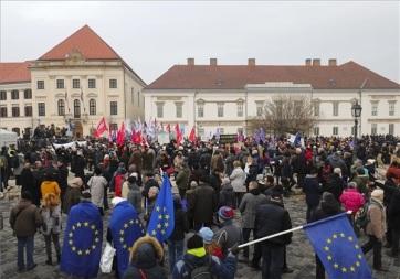 Budimpešta: Opozicija kritikovala Orbanov govor o stanju nacije - A cikkhez tartozó kép