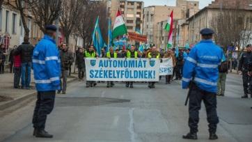 A román EU-elnökség mottójára hivatkozva hívja demonstrálni híveit az SZNT - A cikkhez tartozó kép