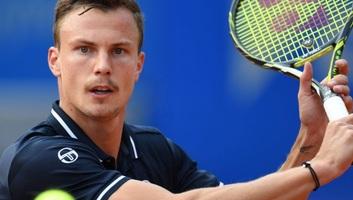 Tenisz: Fucsovics kikapott Nisikoritól - illusztráció