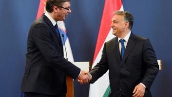 A két ország további együttműködéséről egyeztetett Vučić és Orbán - illusztráció