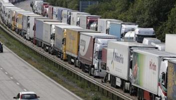 Megállapodtak az EU intézményei az új nehézgépjárművek szén-dioxid-kibocsátásának csökkentéséről - illusztráció