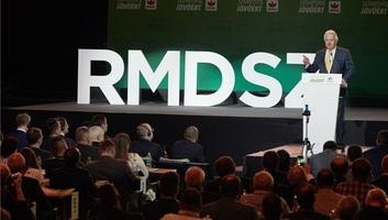 RMDSZ-kongresszus: Az EU-s együttműködésről írtak alá Kárpát-medencei Nyilatkozatot - illusztráció