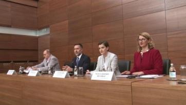 Befejező szakaszban a közvita a szerbiai médiastratégiáról - A cikkhez tartozó kép