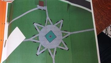 Marosvásárhelyen oktogonná alakították a székely vértanúk emlékműve körül kirakott csillagot - A cikkhez tartozó kép