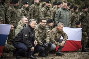 Orban: Povećan značaj NATO-a - A cikkhez tartozó kép
