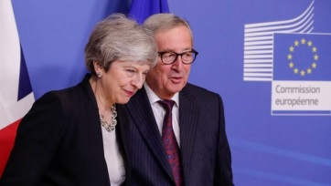 Juncker és May jogilag kötelező erejű biztosítékokban egyezett meg az ír pótmegoldás ügyében - A cikkhez tartozó kép