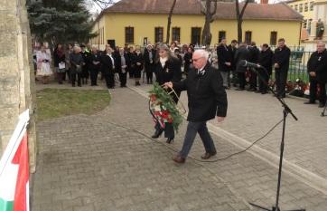 Ada: Isten éltesse a magyar nemzetet! - A cikkhez tartozó kép