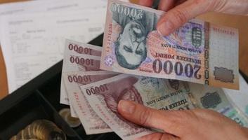 Workania: Tavaly Magyarországon a bruttó átlagkereset átlépte a 300 ezer forintos határt - illusztráció