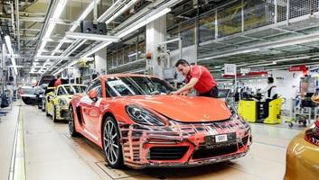 9700 euró prémiumot kapott a Porsche minden dolgozója, mert a cég jól teljesített - illusztráció