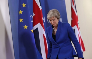 Napi fotó: Vasárnapi brit sajtóértesülések...