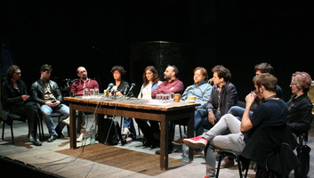 Szabadkán a helyi kiskirályokról szóló, betiltással fenyegetett színházi előadás - illusztráció