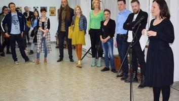 Zenta: Megnyílt a Bolyai Tehetséggondozó Gimnázium szaktanárainak tárlata - illusztráció