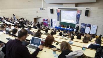 Varga: Magyarország minél nagyobb arányban részesedjen a digitalizáció előnyeiből! - illusztráció