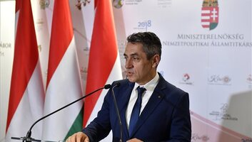 Potápi: 1,6 milliárd a Kárpát-medencei magyar oktatás, kultúra és a magyar diaszpóra támogatására - illusztráció