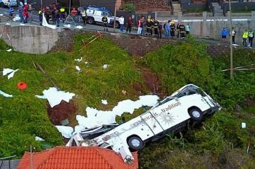 29 halottja van a madeirai buszbalesetnek, mind németek - A cikkhez tartozó kép