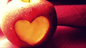 A késői vacsora és a reggeli kihagyása rontja a szívroham utáni felépülés esélyét - illusztráció