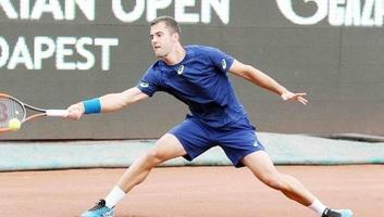 Tenisz: Györe továbbjutott Budapesten - illusztráció