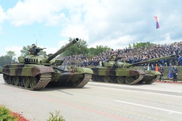 Megtartották a katonai díszszemlét Nišben - A cikkhez tartozó kép