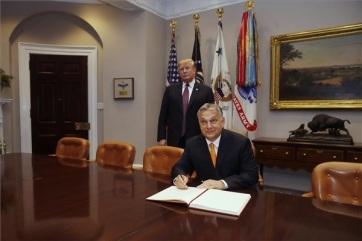 Tramp: Viktor Orban uspešno radi na očuvanju bezbednosti svoje zemlje - A cikkhez tartozó kép