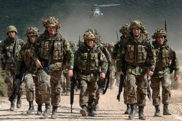 A NATO a térségbeli feszültségek ellenére egyelőre folytatja iraki kiképző műveletét - A cikkhez tartozó kép
