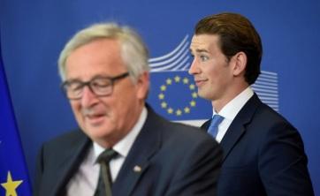 Jean-Claude Juncker szerint nem megalapozottak az osztrák kancellár vádjai az EU-val szemben - A cikkhez tartozó kép