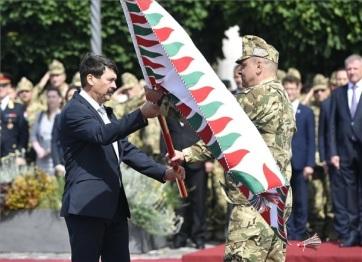Áder: Magyarország legyen erős, független és szabad! - A cikkhez tartozó kép