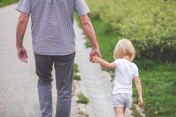 Ingyen Viagrát osztogat a falusiaknak egy francia polgármester, hogy több gyerek szülessen - A cikkhez tartozó kép