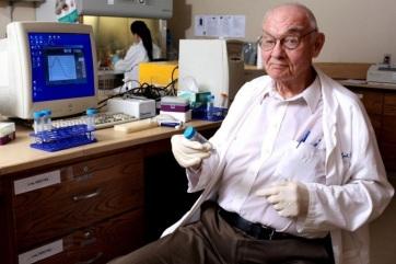 Meghalt Henry Lynch rákkutató, aki bebizonyította, hogy a daganatos betegségek egy része genetikai eredetű - A cikkhez tartozó kép