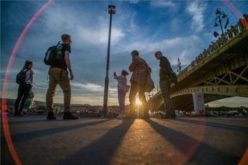 Dunai hajóbaleset: Újabb holttestet azonosítottak, még nyolc embert keresnek - A cikkhez tartozó kép