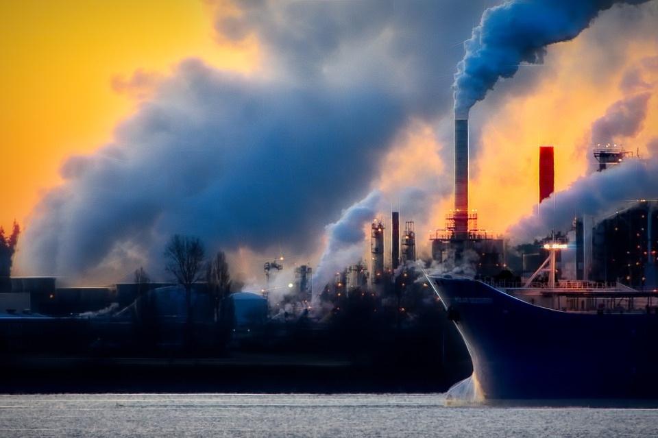 Ha nem csökken az üvegházgáz-kibocsátás, az évszázad végére több mint három fokkal lesz magasabb az átlaghőmérséklet