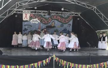 """Senta: Jubilej popularnog dečijeg festivala """"Mosolytenger"""" - A cikkhez tartozó kép"""
