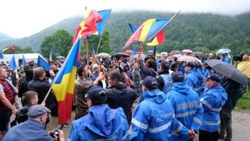 Az úzvölgyi katonai temető ügye is szerepel a román ellenzék bizalmatlansági indítványában - A cikkhez tartozó kép