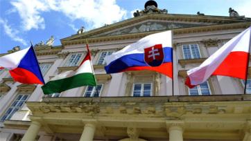 Cseh lapértesülés: Rendkívüli kormányfői csúcstalálkozót tartanak a V4-ek Budapesten - A cikkhez tartozó kép