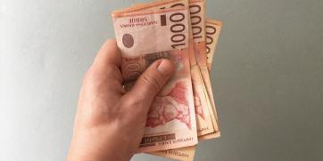 A szerbiai háztartások havi bevétele 5,4 százalékkal, kiadása pedig 3,8 százalékkal nőtt - A cikkhez tartozó kép