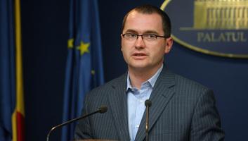 Túlélte az RMDSZ által is támogatott bizalmatlansági indítványt a bukaresti kormány - illusztráció