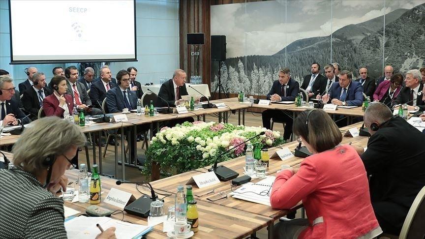 A szarajevói tanácskozás