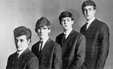 A Beatles és Brian Epstein első szerződése 275 ezer fontért kelt el - A cikkhez tartozó kép
