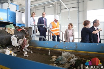 Az EU küldöttsége megtekintette a regionális hulladéklerakót - A cikkhez tartozó kép