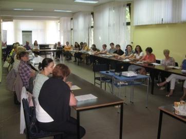 Torda: Háromnapos nyári továbbképzés óvónőknek és tanítóknak - A cikkhez tartozó kép