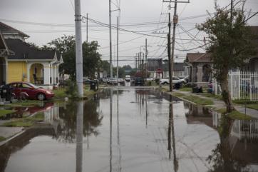 New Orleansban szükségállapotot hirdettek, a déli államokban áradásokra és hurrikánra készülnek - A cikkhez tartozó kép