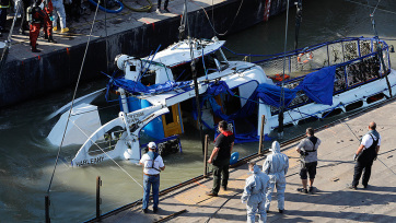 Dunai hajóbaleset: Ma búcsúztatják a Hableány magyar kapitányát és matrózát - A cikkhez tartozó kép