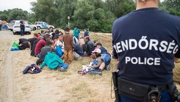 Szijjártó Péter: Elsődleges a schengeni határ védelme - illusztráció