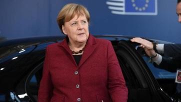 Merkel: Sötét fellegek tornyosultak a Belgrád–Pristina-párbeszéd fölé - A cikkhez tartozó kép