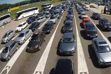 Od ponedeljka produženo radno vreme na graničnim prelazima Horgoš 2 i Bački Vinogradi - A cikkhez tartozó kép