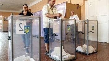 Rendben zajlik a parlamenti választás Ukrajnában - illusztráció