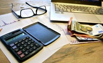 A szerbiai gazdagok fizetése közel tízszerese a legkevesebbet keresők bérének - A cikkhez tartozó kép