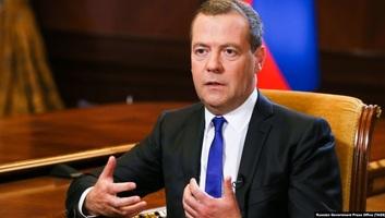 Medvegyev szerint az orosz élelmiszer-ellátás biztosítva van - illusztráció