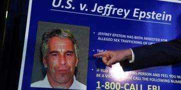 Összeesküvés-elméletek sorát hozta felszínre Jeffrey Epstein öngyilkossága - A cikkhez tartozó kép