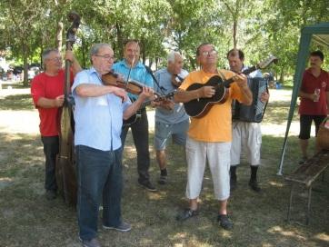 Muzslya: Harmadszor tartottak parti bulit - A cikkhez tartozó kép