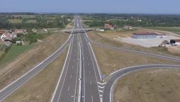 Vasárnap nyílik a Nagy Miloš autópálya, de benzinkút csak jövőre lesz - illusztráció
